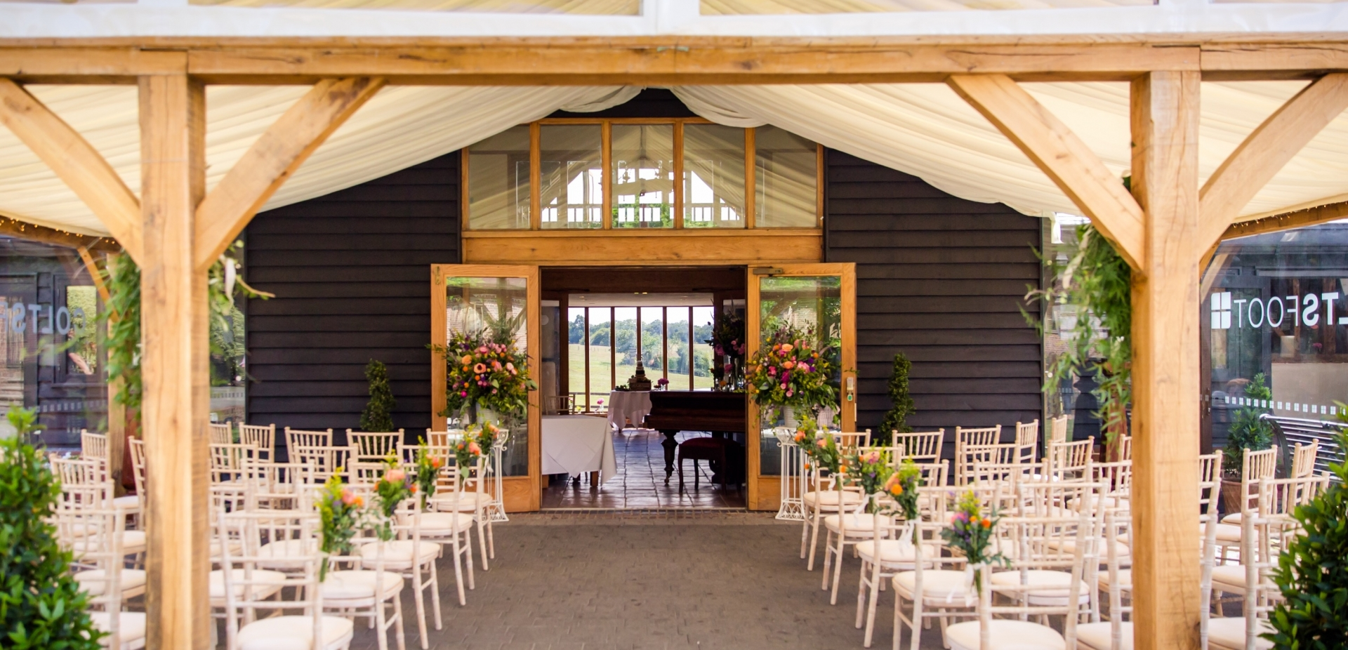 Exclusive Use Barn Wedding Venue In Hertfordshire